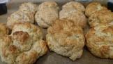 Vår tjejgrupp på Café U -Scones bakning och Pyssel med Pia